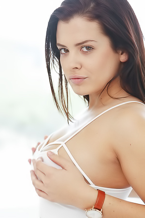 Keisha Grey Get Shower And Cum-filled Attention