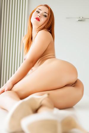 Justyna nackt Monde Aspiring model,
